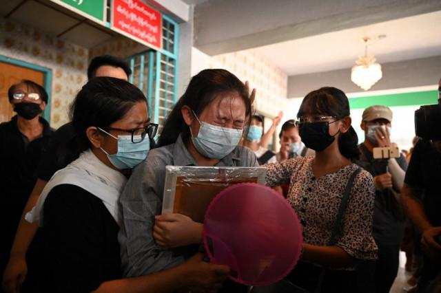 Yangon residents flee martial law area as Myanmar death toll grows