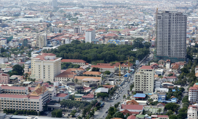 ADB: Cambodia's Economy Contracted by 3.1 Percent in 2020
